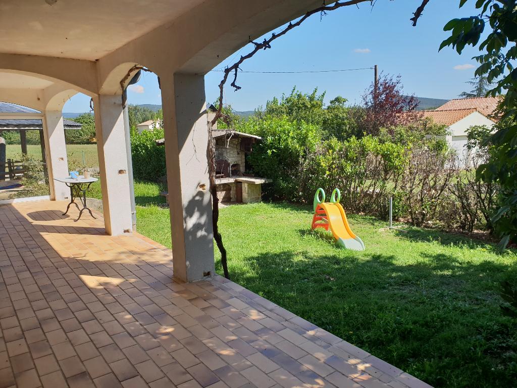 Maison avec piscine sur 1700 m de terrain all gre les for Prix piscine carrelee