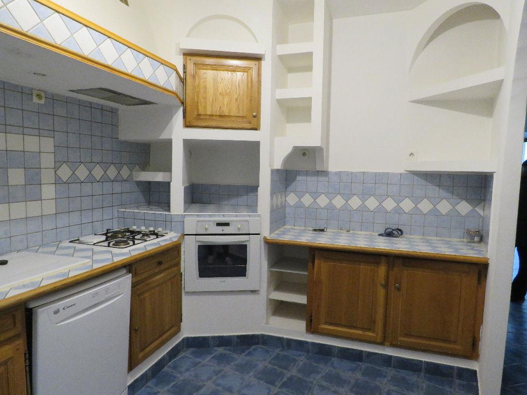 vente immeuble 7 pièces SAINT AMBROIX 30500