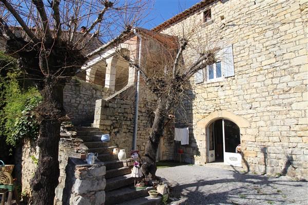 vente maison/villa 14 pièces SAINT PAUL LE JEUNE 07460