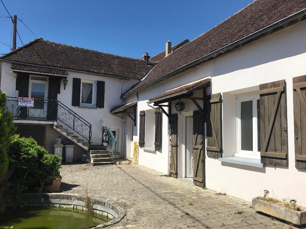 Maison Chamvres 8 pièce(s) 230 m2