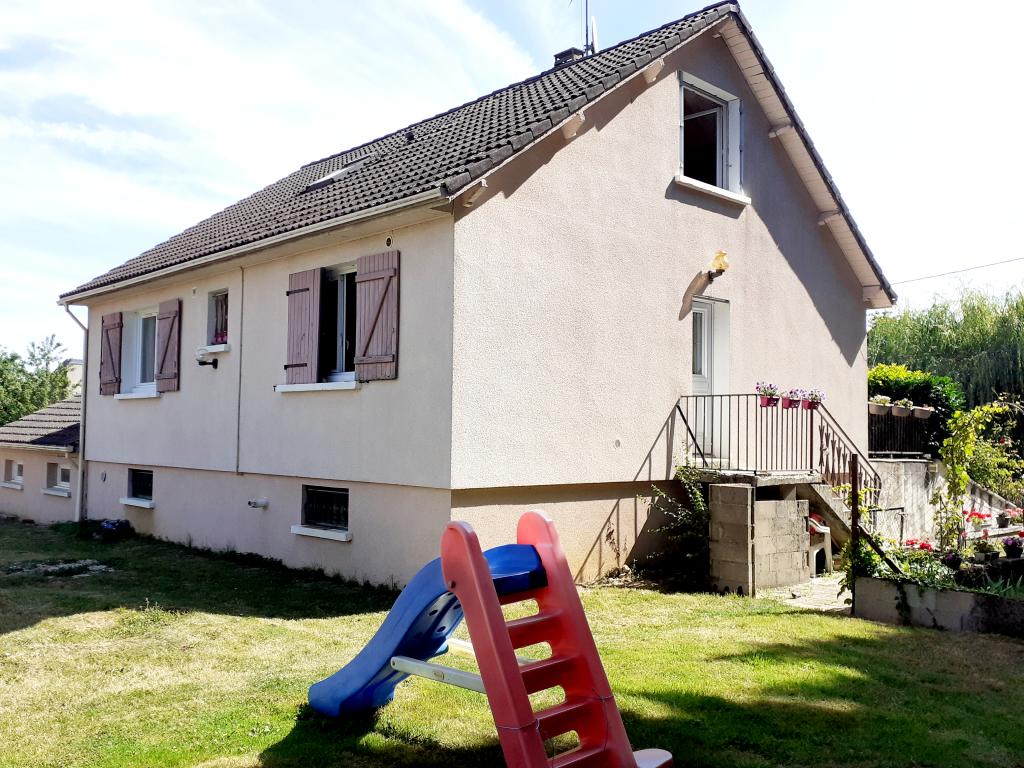 10 km Auxerre 4 chambres