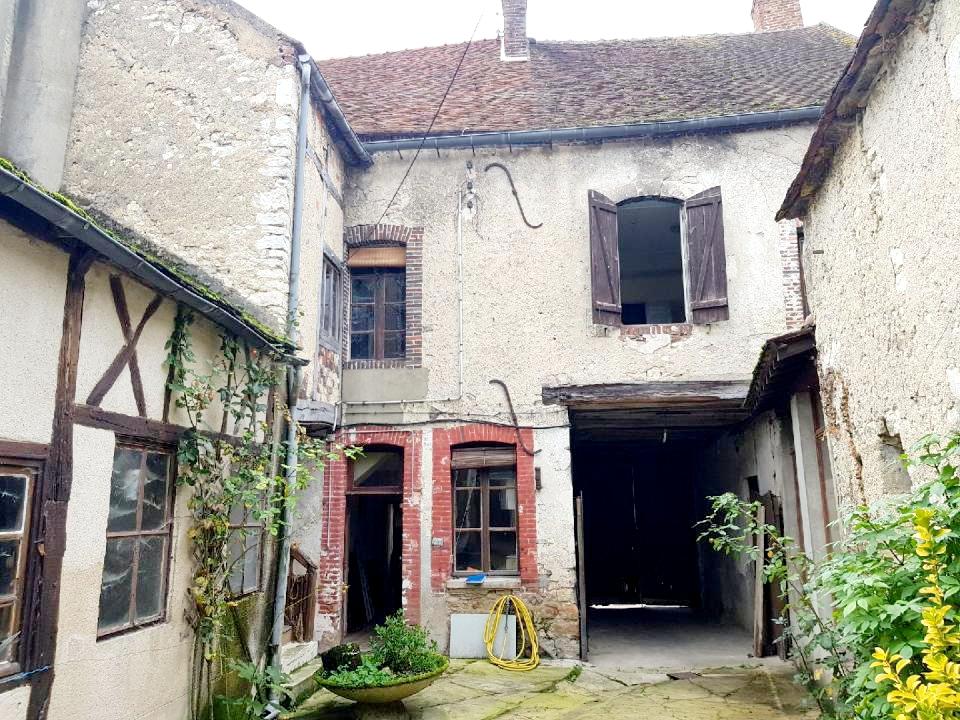 Maison Brienon Sur Armancon 2 logements + granges