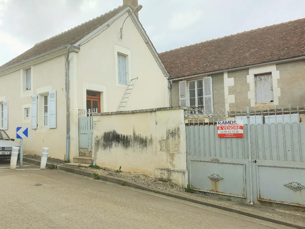 Maison de bourg Jussy