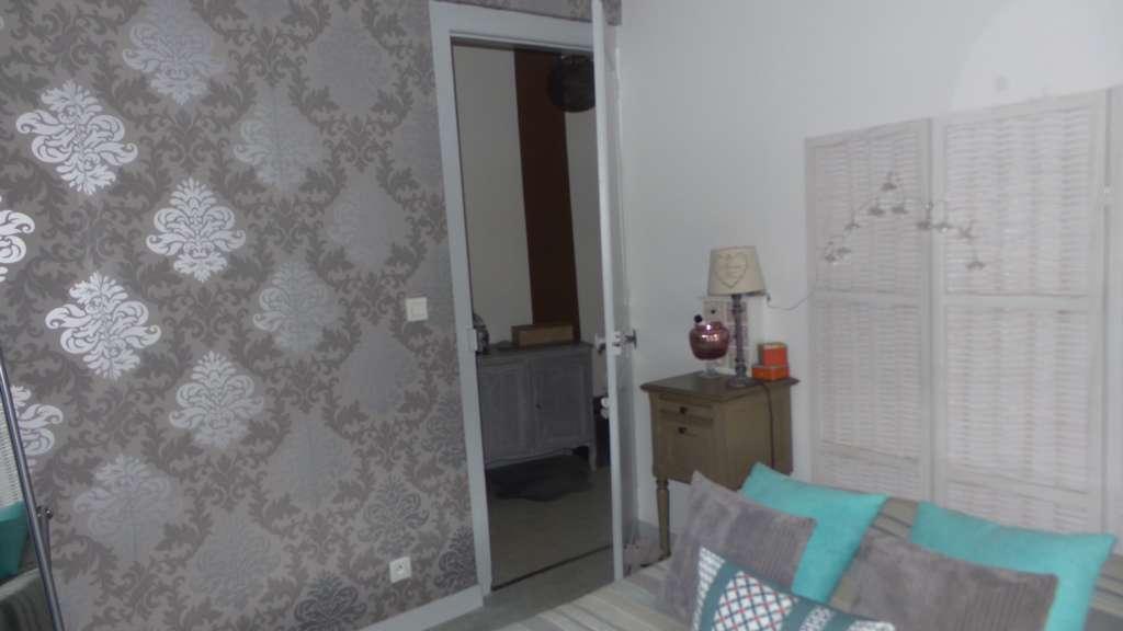 Amiens  quartier saint Acheul  Appartement  de type F2 lumineux Au 1er Etage