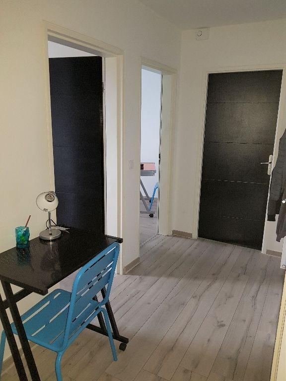 Quartier St Acheul Appartement avec balcon, 2 chambres et place de parking au premier étage