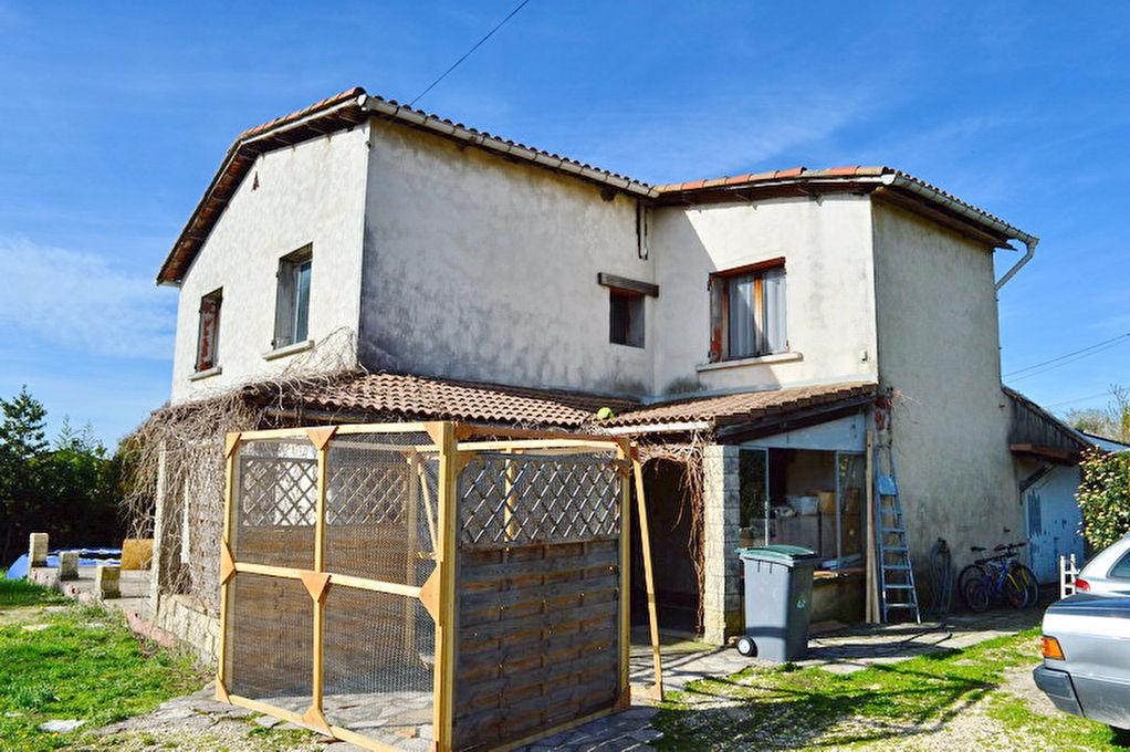 Maison type 6 terrain env 1300 m2 al s 30100 for Ales code postal