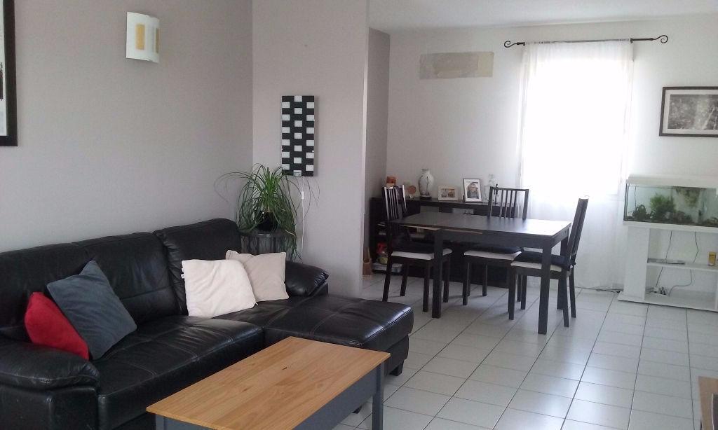 Vente Appartement 4 pièces LES ANGLES 30133