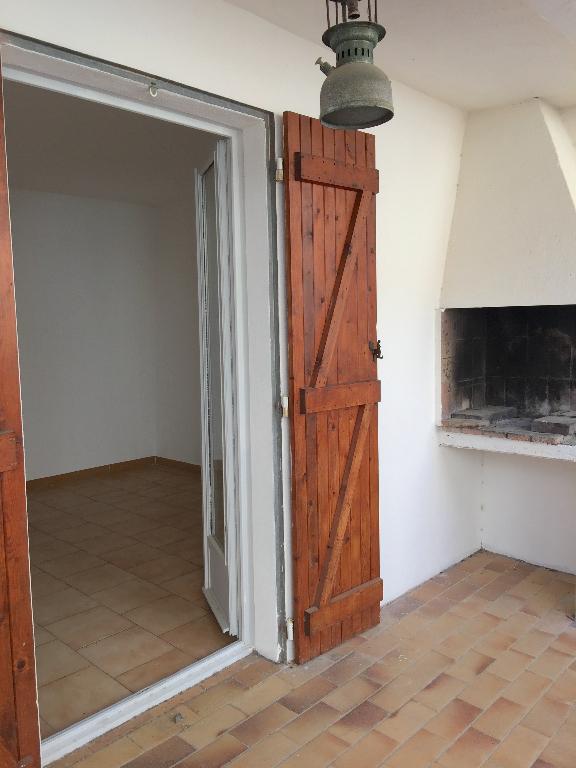 Vente Appartement 4 pièces SERVIAN 34290