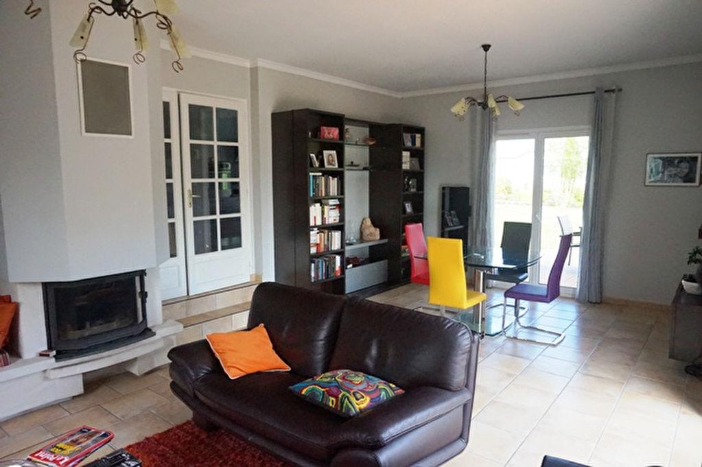 belle maison contemporaine la ravoire 73490. Black Bedroom Furniture Sets. Home Design Ideas