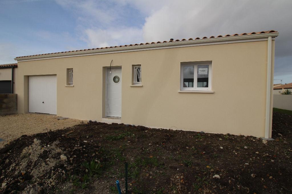 Semussac maison neuve 64 m env semussac 17120 for Vente maison neuve 06