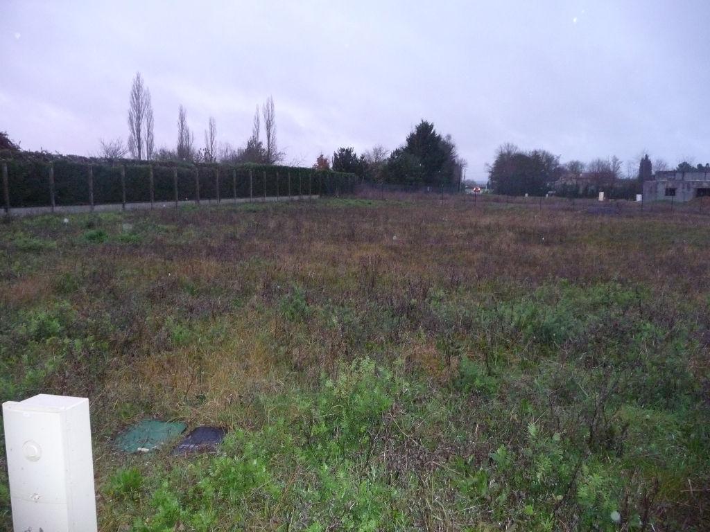Terrain poitiers 1024 m2 poitiers 86000 for Prix des terrains au m2