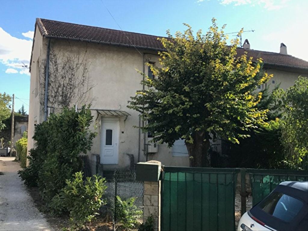 Location Appartement 3 pièces PONT SAINT ESPRIT 30130