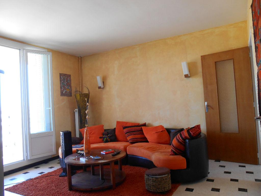 Vente Appartement 3 pièces PONT SAINT ESPRIT 30130