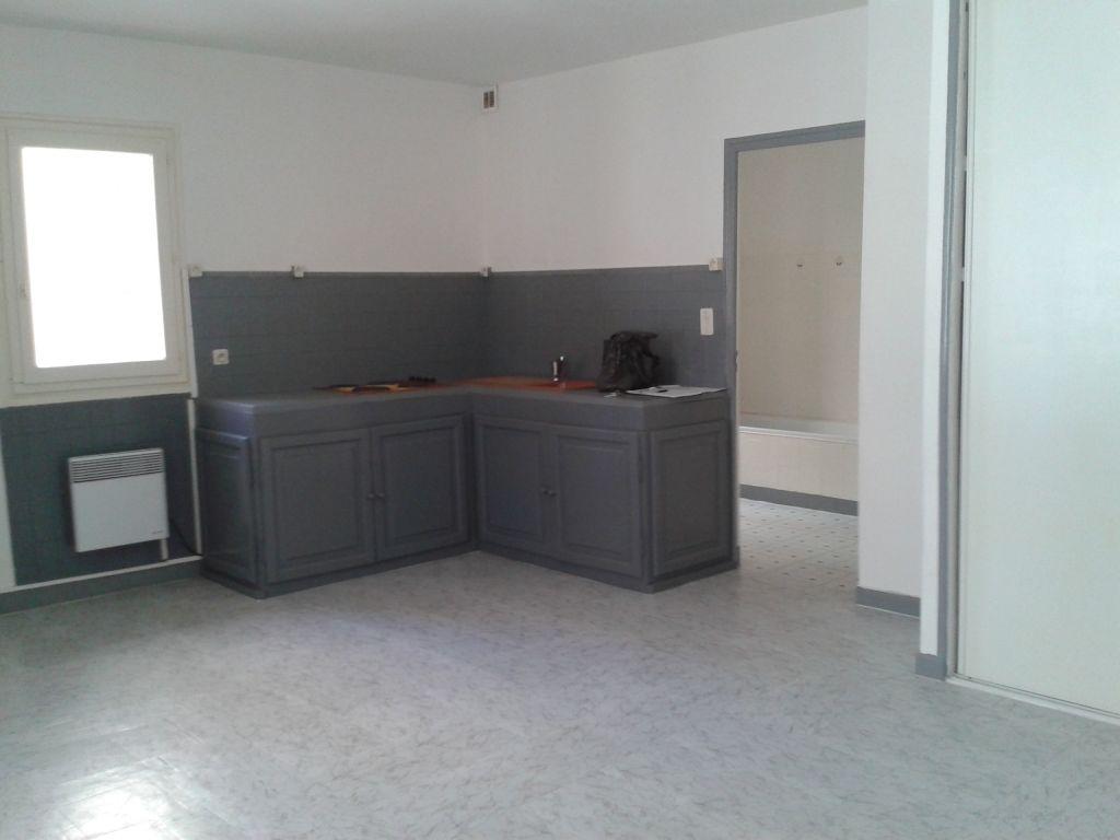 Location Appartement 1 pièces PONT SAINT ESPRIT 30130