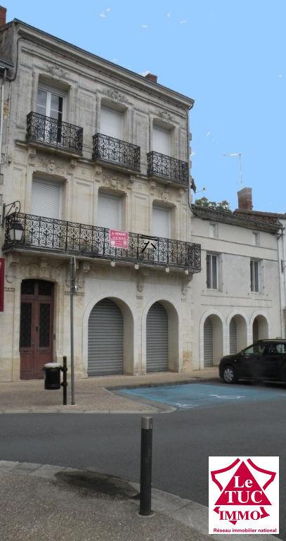 vente immeuble MONTENDRE MONTENDRE 17130