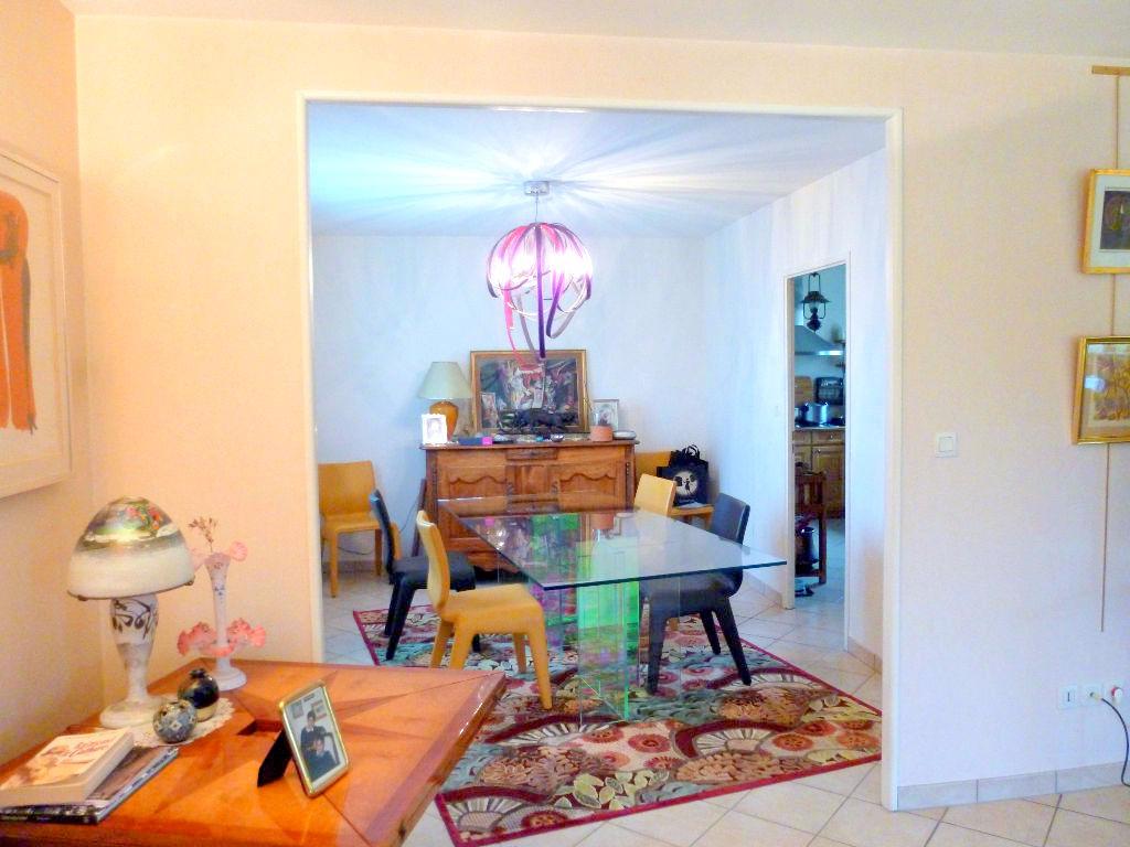 maison nantes 44300 8 pi ce s 230 m2 nantes 44300. Black Bedroom Furniture Sets. Home Design Ideas