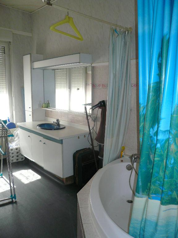 Sale house / villa Caudry 114000€ - Picture 5