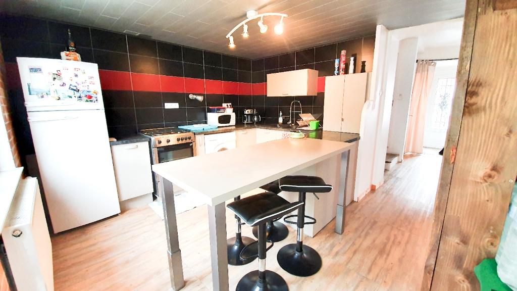 Sale house / villa Caudry 82000€ - Picture 2