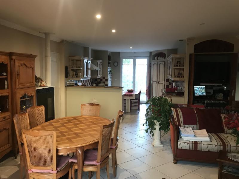 Deluxe sale house / villa Chatelaillon plage 580000€ - Picture 1