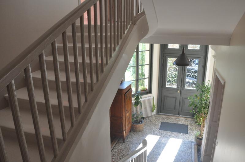 Deluxe sale house / villa Niort 875000€ - Picture 1
