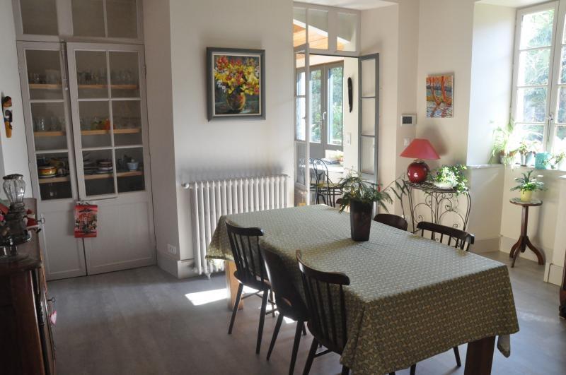 Deluxe sale house / villa Niort 875000€ - Picture 2