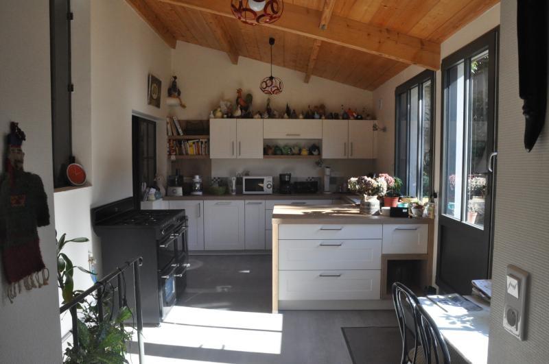 Deluxe sale house / villa Niort 875000€ - Picture 3