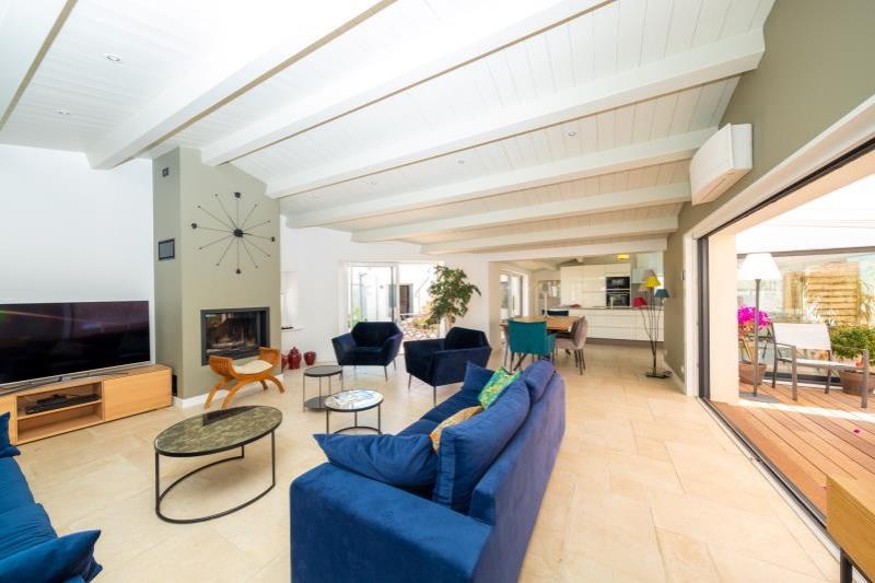 Deluxe sale house / villa Le bois plage en re 1908000€ - Picture 2