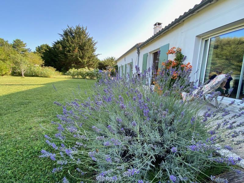 Sale house / villa La flotte 1195000€ - Picture 2