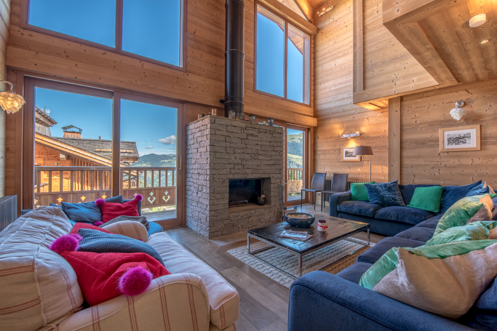 Photo of Bright and comfortable chalet on the slopes