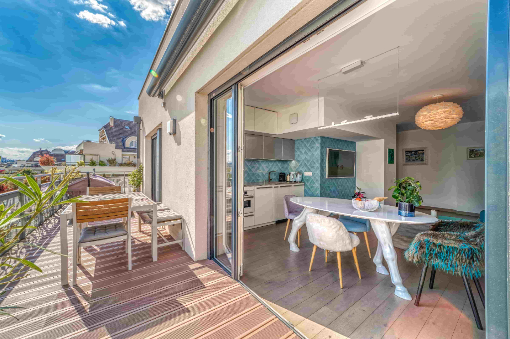 Annecy center, superb T4 with terrace Accommodation in Annecy