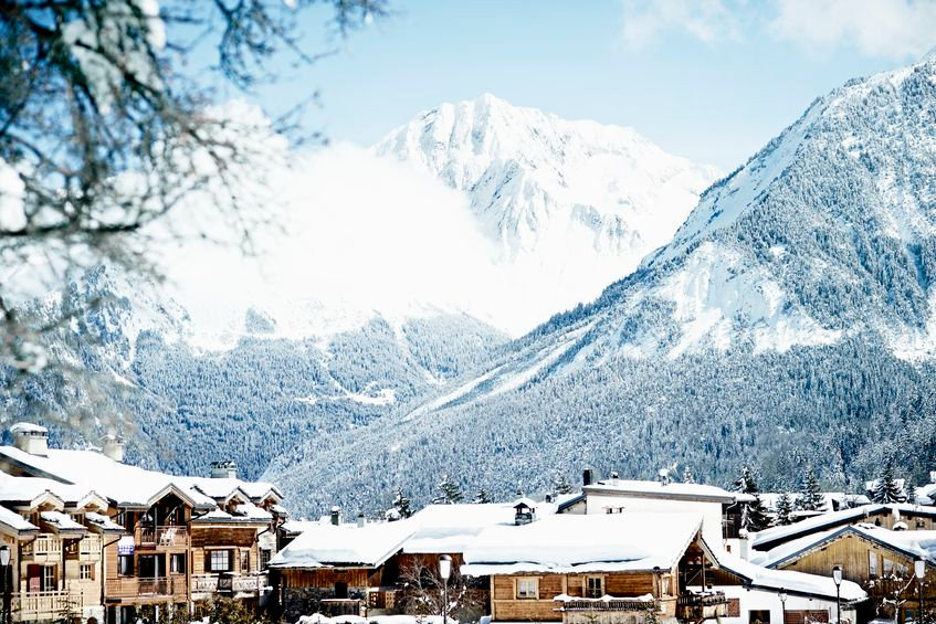 Three-bedroom apartment with south-facing terrace - Les Chalets Cinq Sommets Accommodation in Courchevel