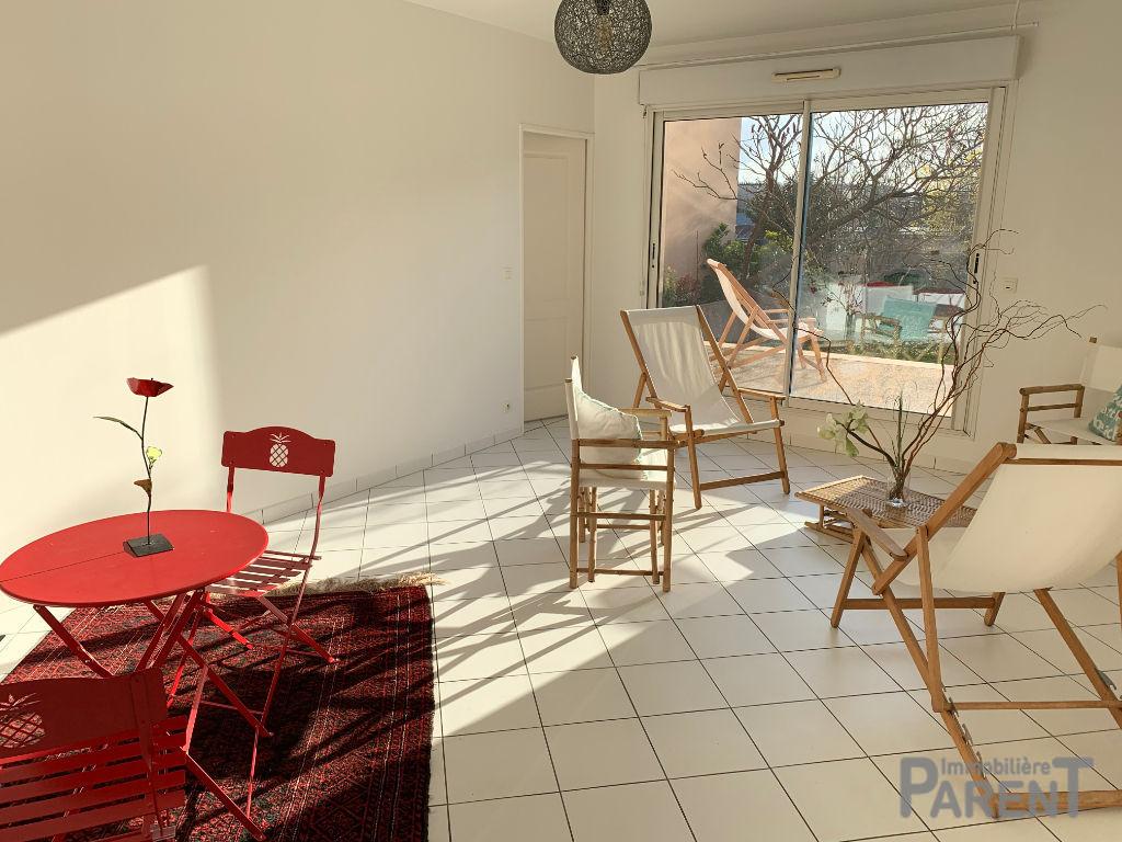 Vente Appartement de 2 pièces 52 m² - ETAMPES 91150 | IMMOBILIÈRE PARENT PARIS 15 - AR photo1