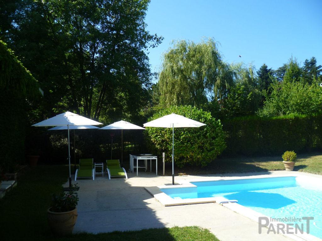 Vente Maison de 6 pièces 165 m² - CHARBONNIERES LES BAINS 69260 | IMMOBILIERE PARENT CHATILLON - AR photo3