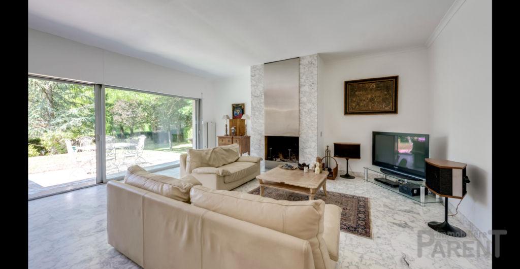 Vente Maison de 6 pièces 165 m² - CHARBONNIERES LES BAINS 69260 | IMMOBILIERE PARENT CHATILLON - AR photo8