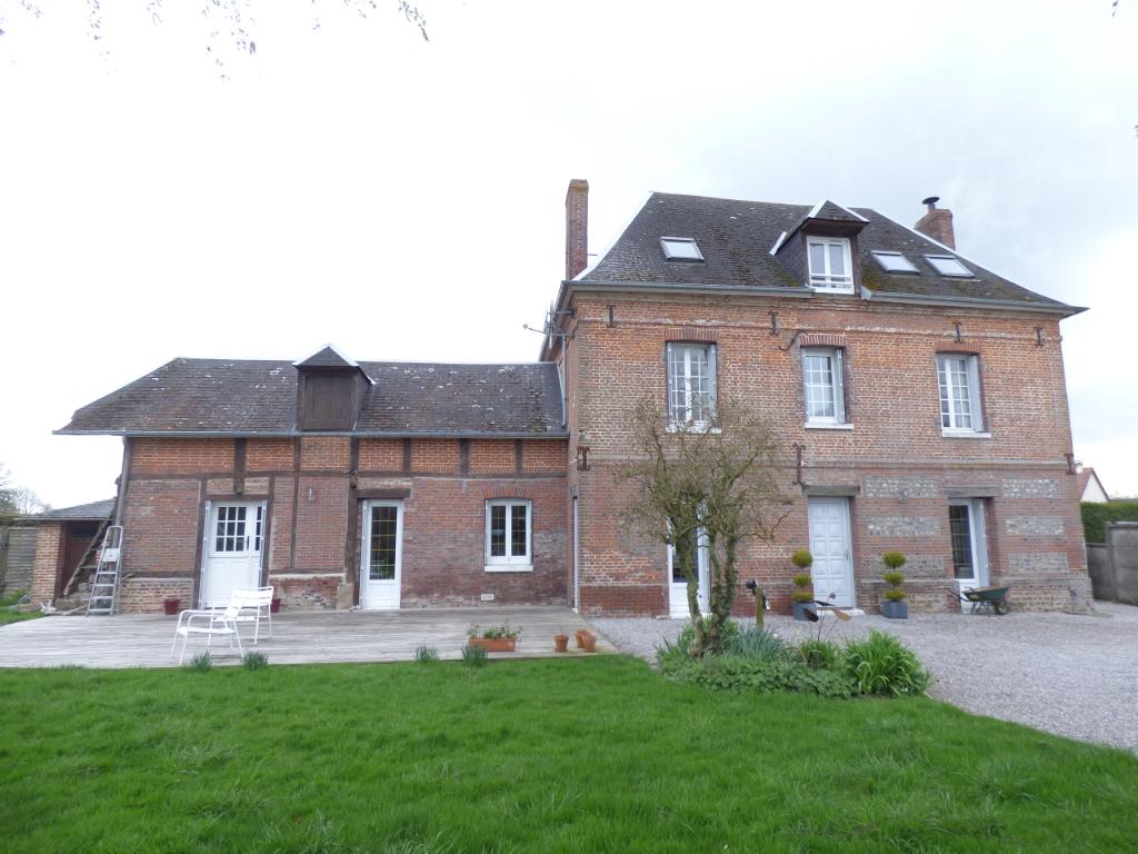 Maison - La Houssaye Beranger - 8 pièces - 160 m².