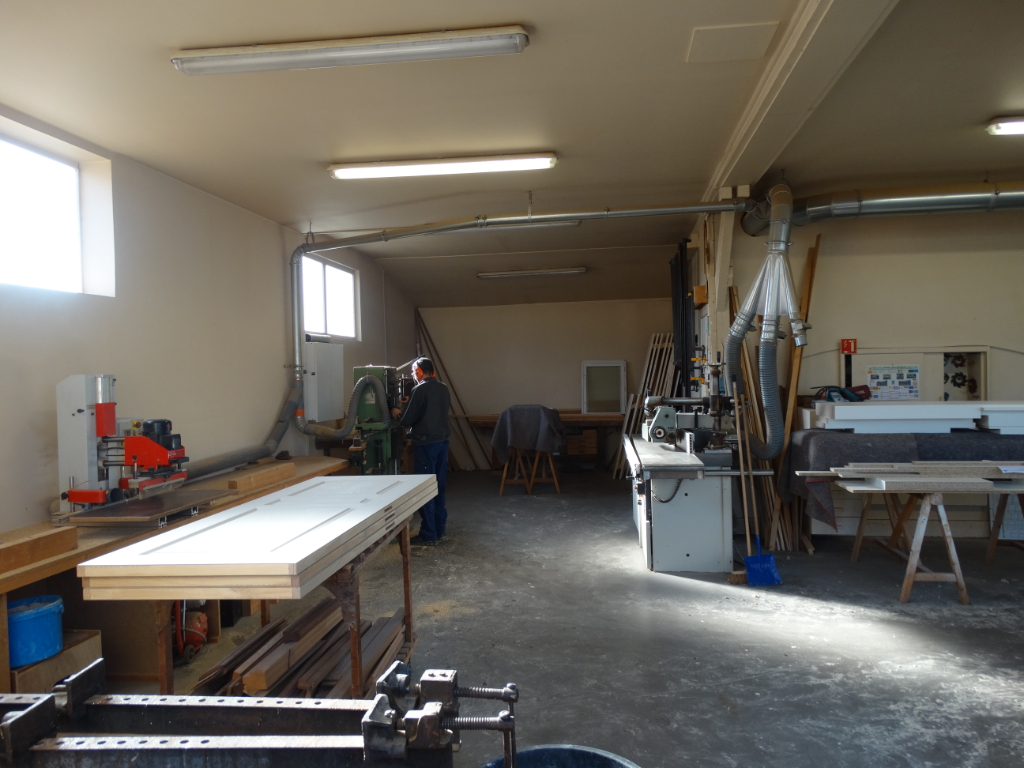 Photo Local commercial - Bosc le Hard - 786 m² image 5/6