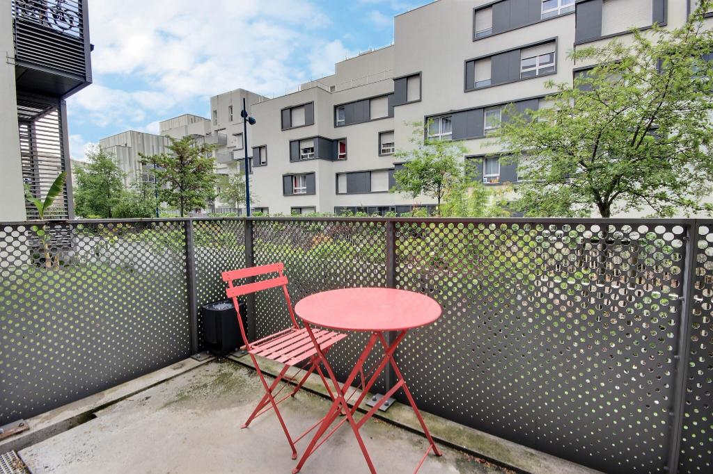 Vente Appartement de 2 pièces 35 m² - PANTIN 93500 | AVL IMMOBILIER HOCHE - AR photo1
