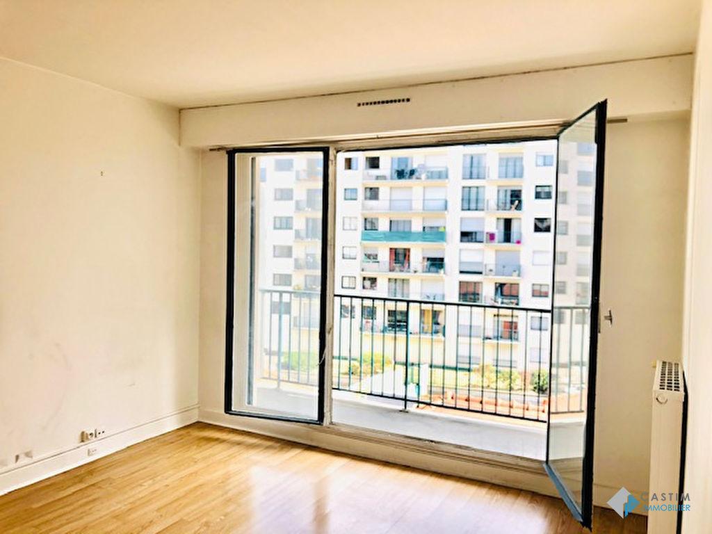 Vente Appartement de 1 pièces 28 m² - PARIS 75015   CASTIM VENTE - AR photo2