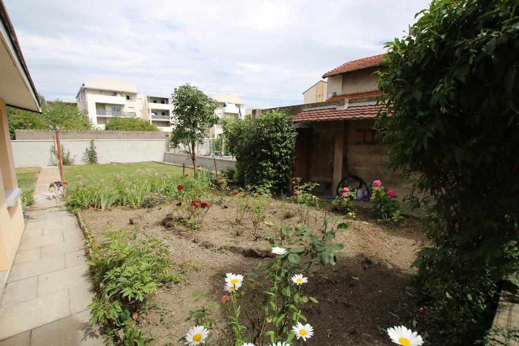 photo de Appartement Clermont-ferrand 3 pièce(s) 58 m2-jardin-garage-buanderie
