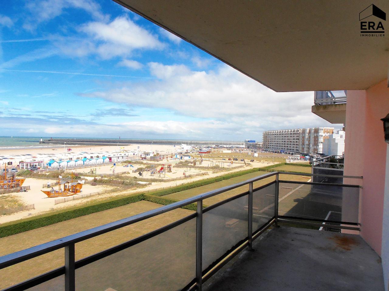 A louer calais secteur plage appartement t5 de 110m2 vue for Location par agence