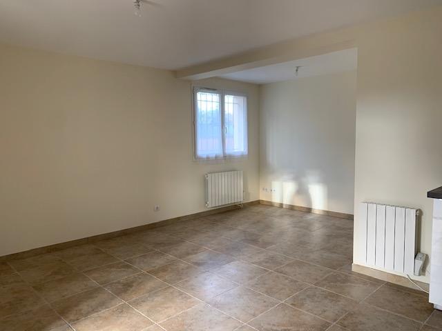 Rental apartment Cabries 900€ CC - Picture 6