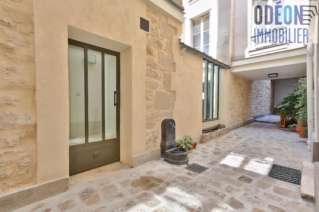 Vente Appartement de 6 pièces 160 m² - PARIS 75006 | ODEON IMMOBILIER - AR photo2