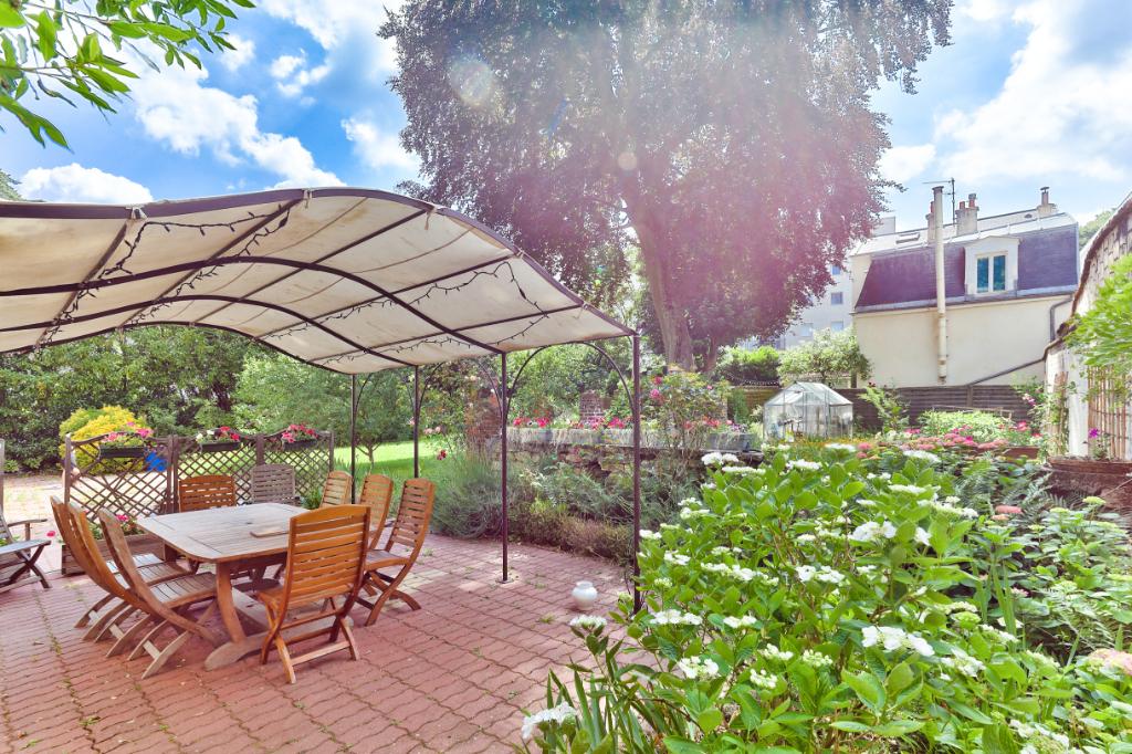 Vente Maison de 11 pièces 369 m² - CLAMART 92140   RIVE OUEST IMMOBILIER - CLAMART MAIRIE - AR photo4