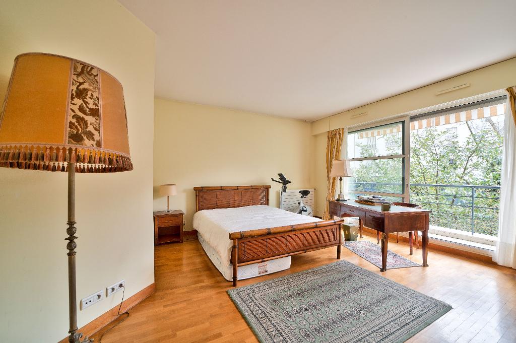 Vente Appartement de 4 pièces 106 m² - BOULOGNE BILLANCOURT 92100 | RIVE OUEST IMMOBILIER - BOULOGNE BILLANCOURT - AR photo7