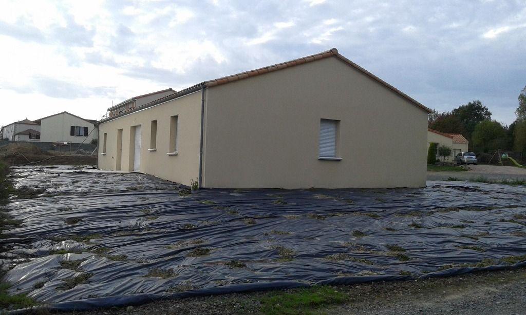 Maison BRESSUIRE, FAYE  L' ABBESSE 6 pièce(s) 101 m²