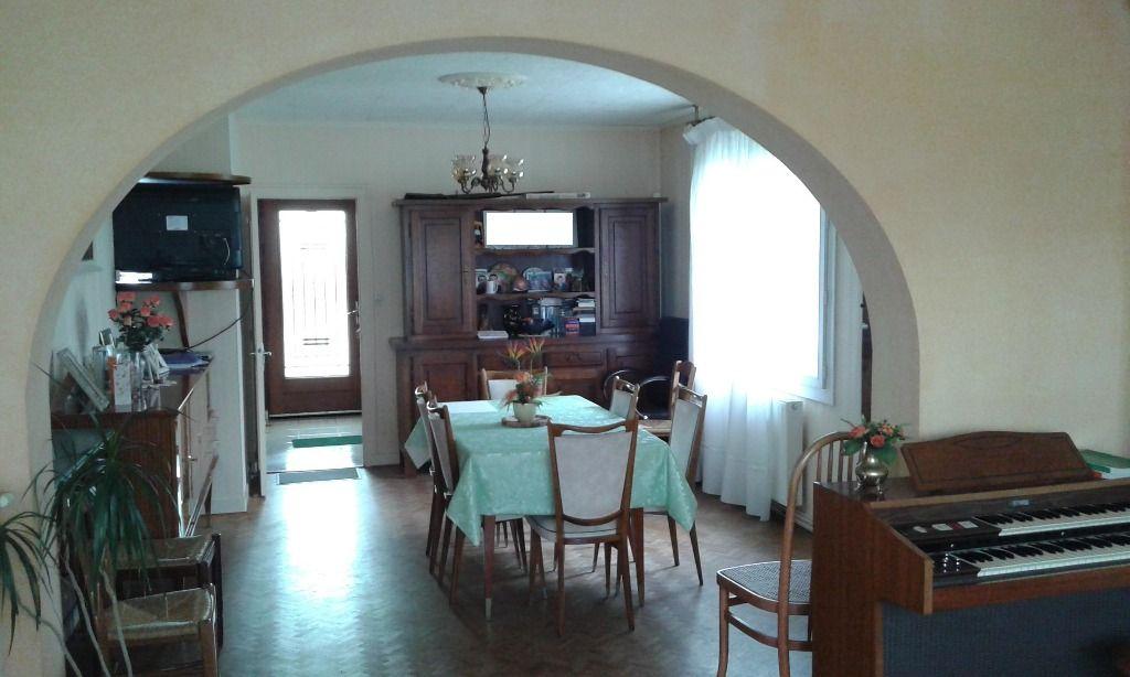 Maison Boisme 8 pièce(s) 130 m2