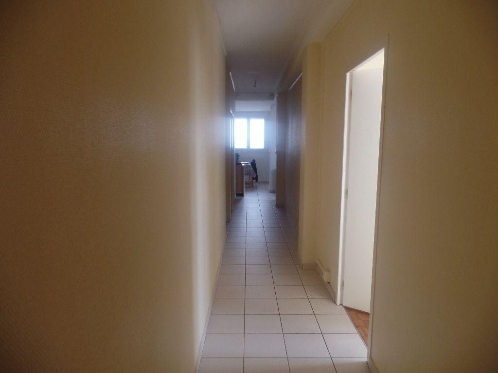 Photo Appartement Saint Nazaire 4 pièce(s) 85.73 m2 image 3/6