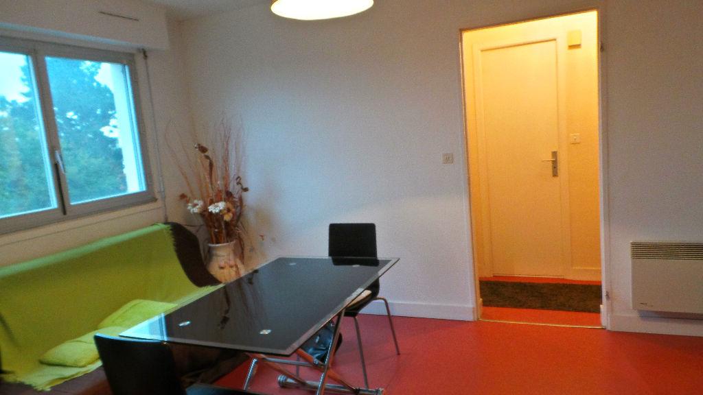 Photo Appartement Saint Nazaire 2 pièce(s) 34.10 m2 image 1/5