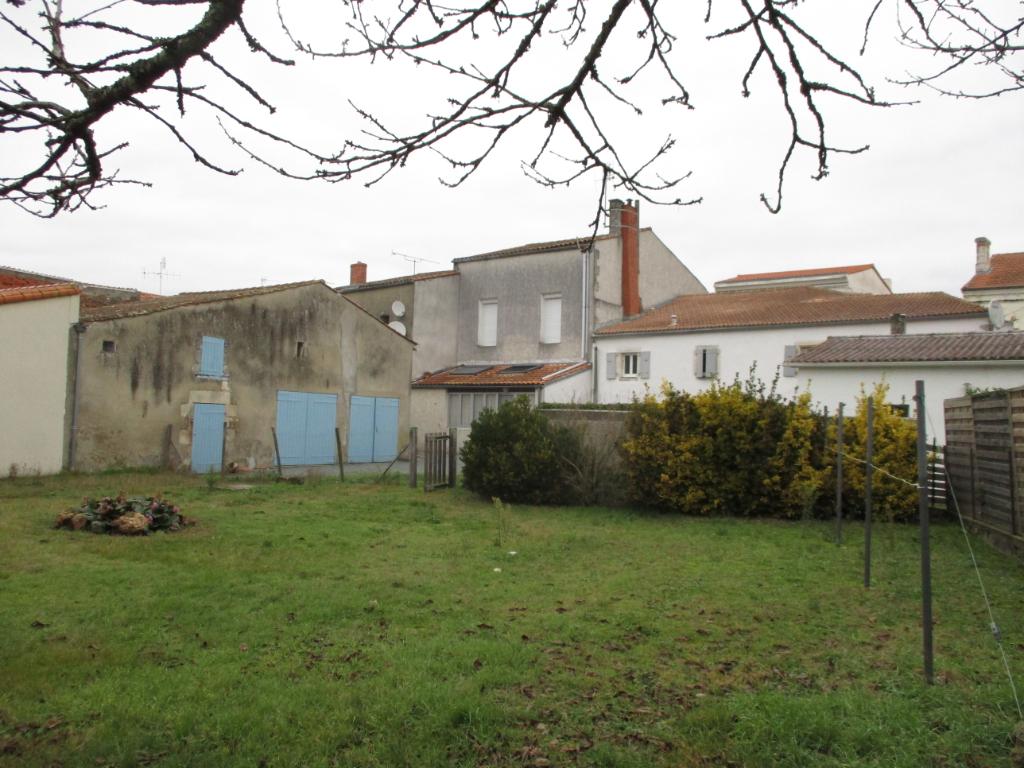 Sale house / villa Etaules 176800€ - Picture 1