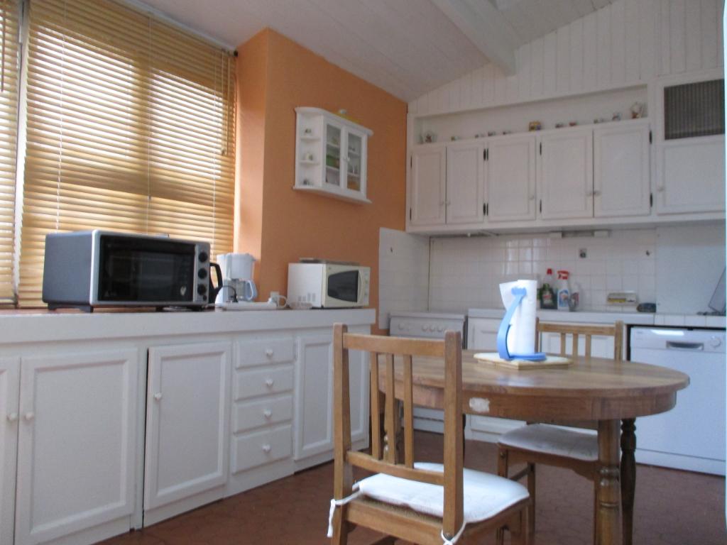 Sale house / villa Etaules 176800€ - Picture 4